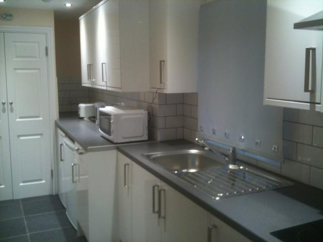 Ensuite Room in shared house all bills included £595 pcm High Wycome HP12